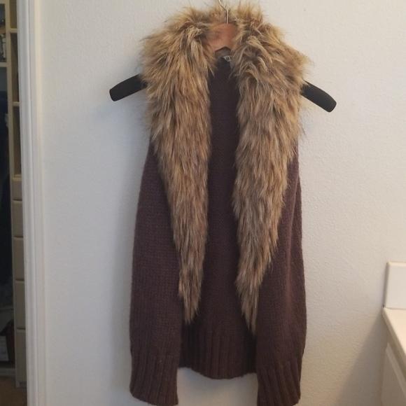 BB Dakota Jackets & Blazers - BB dakota faux  fur vest 🌠🌠